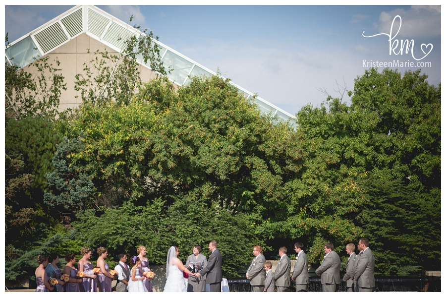 Delicieux Outdoor Wedding At Botanical Gardens In Fort Wayne