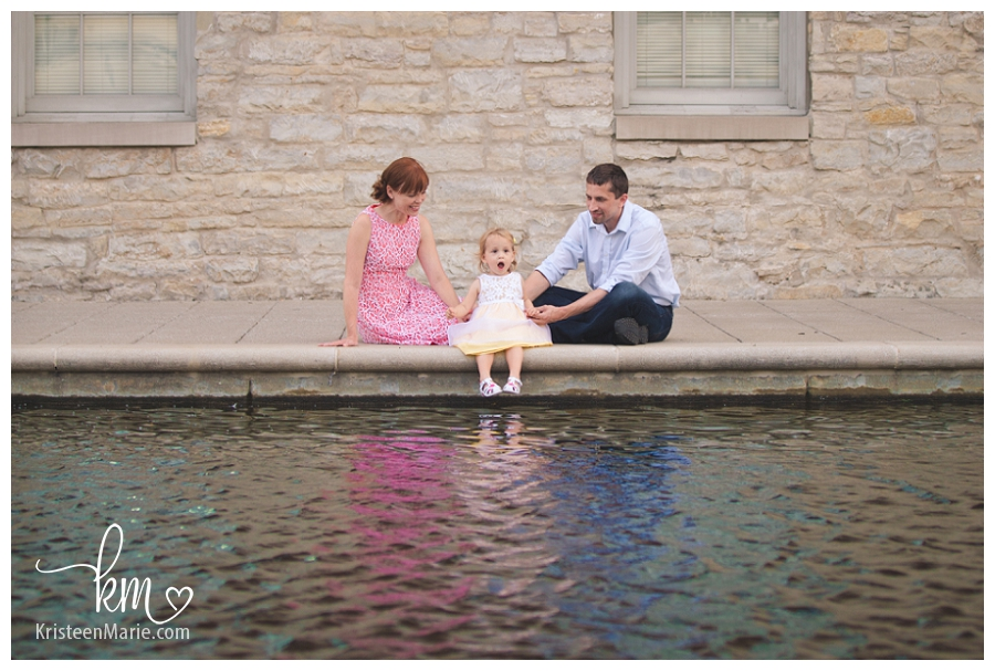 family photography on canal downtown Indianapolis