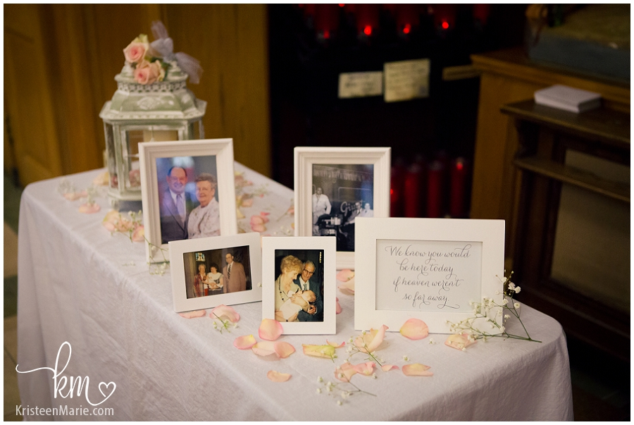 remembrance table at wedding