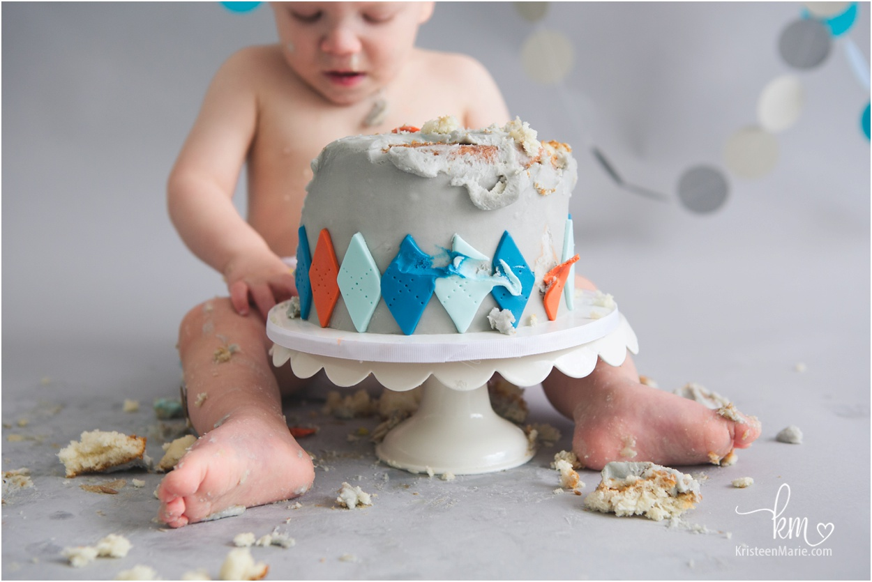 Indianapolis Cake Smash 1st Birthday Photography