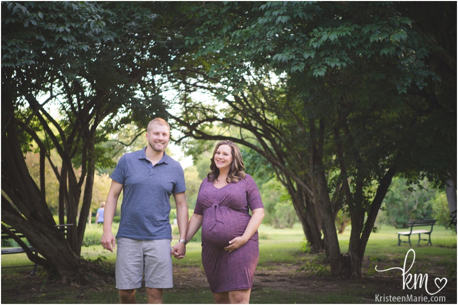 walking expecting parents