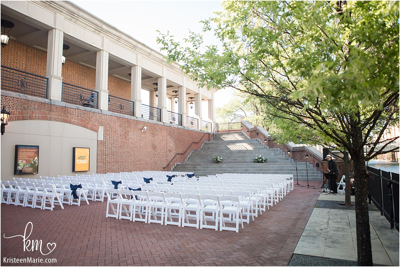 wedding ceremony location on canal in Indianapolis, IN
