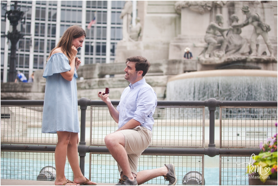 downtown Indianapolis proposal photography