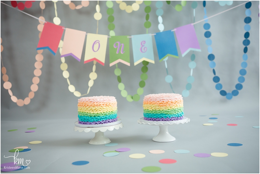 pastel 1st birthday cakes - cake smash session