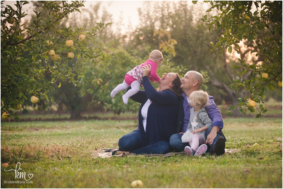 the whole family - Indianapolis family photography by KristeenMarie