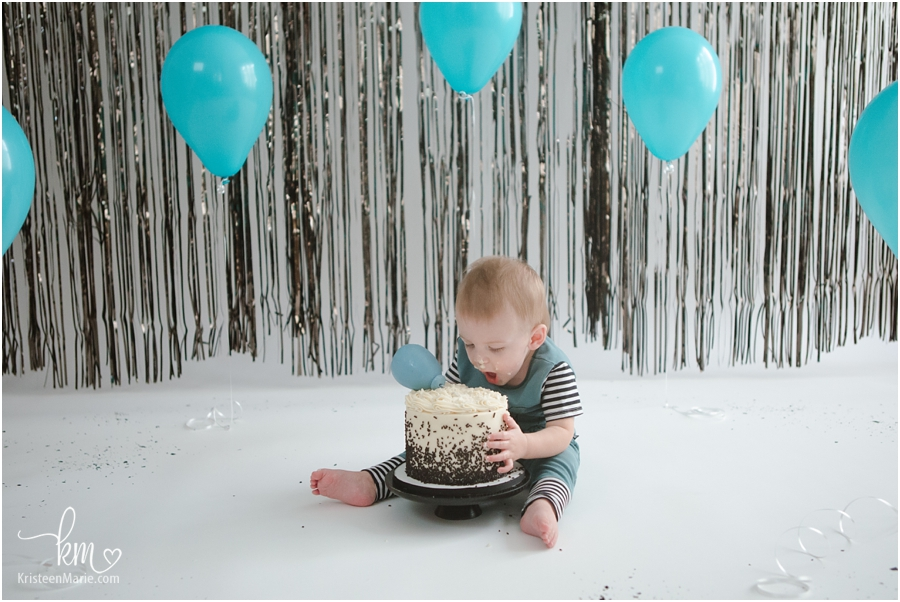 1st birthday cake smash by KristeenMarie Photography in Indianapolis, IN