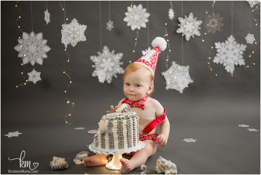 1st birthday cake smash session in Zionsville, IN by KristeenMarie photography