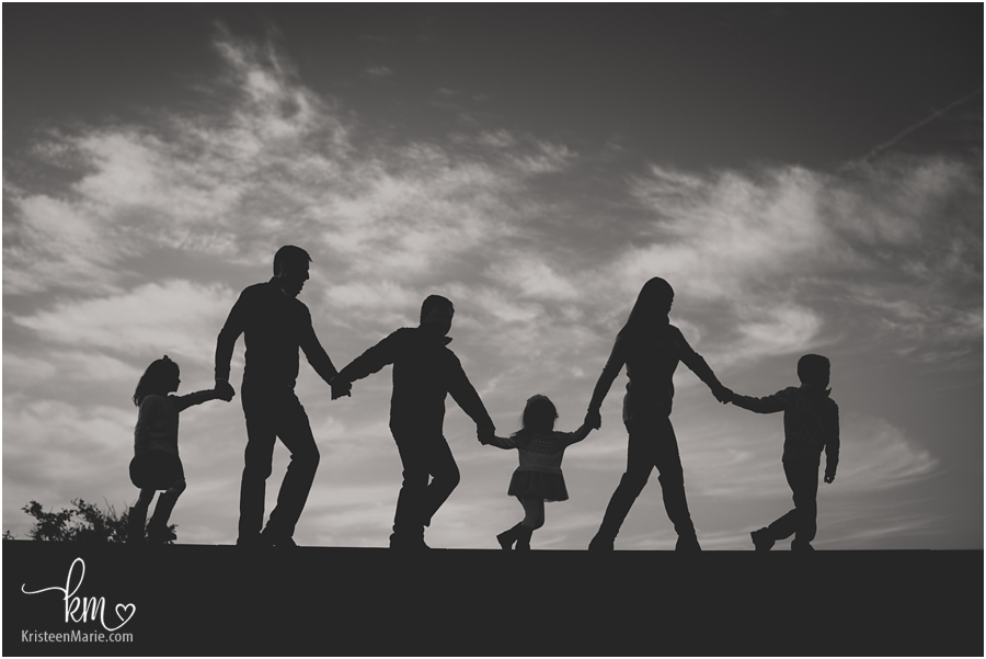 silhouette family picture in black and white