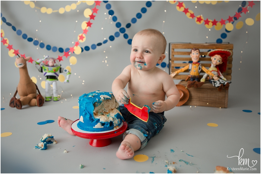 Toy Story Cake Smash Session Pictures