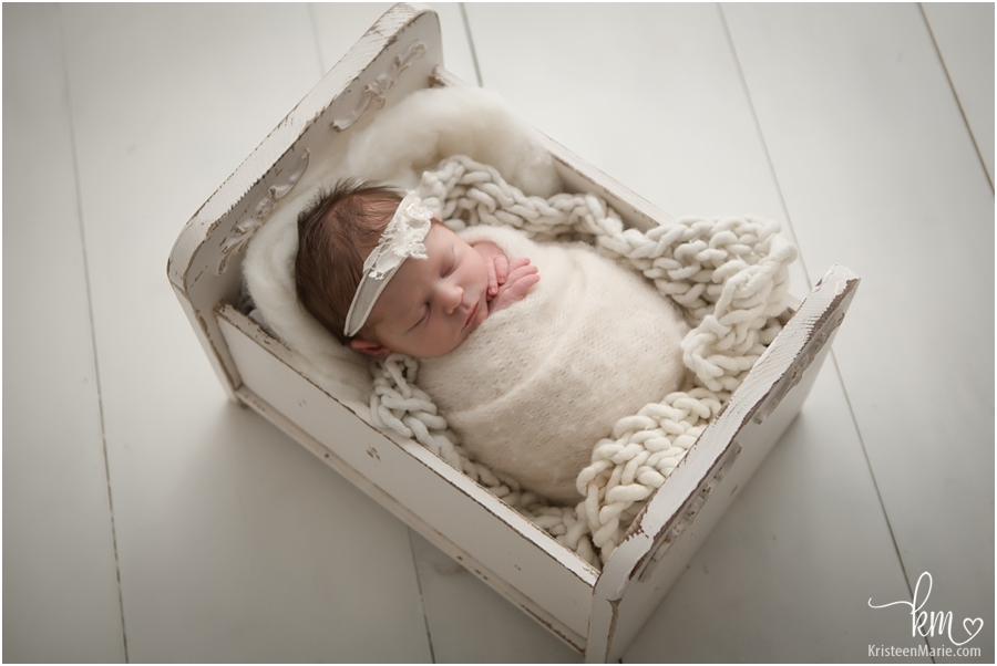neutral colors with newborn