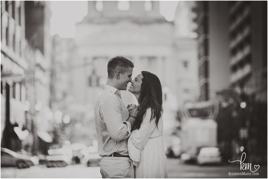 Couple in front of Indianapolis State House - Indianapolis wedding photographer