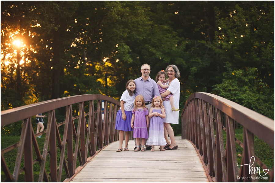 Indianapolis family photography - family on a bridge