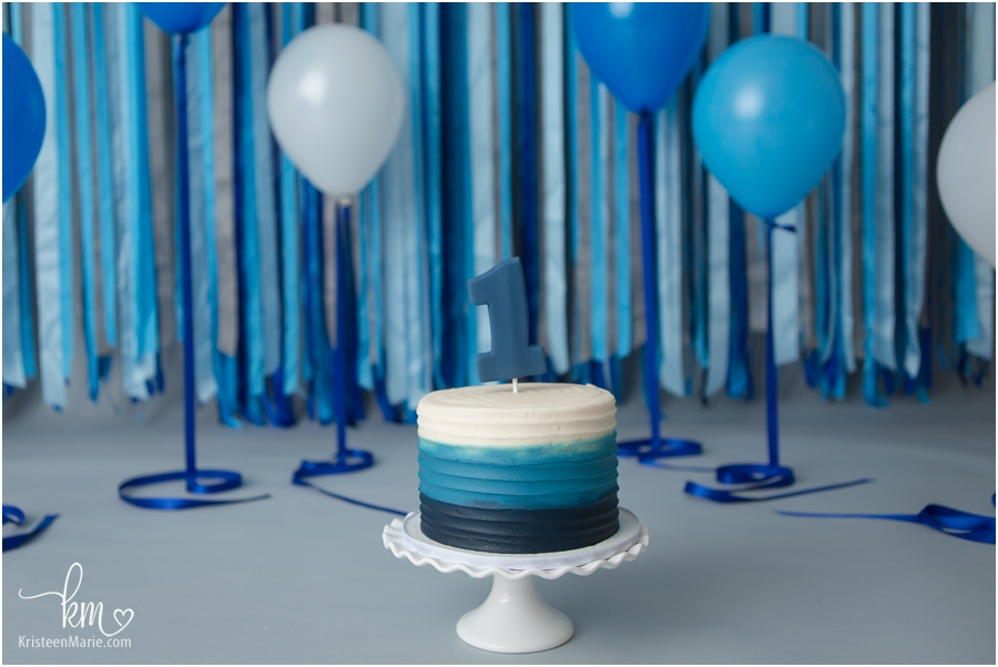 Blue and white ombre birthday cake for 1st birthday cake smash