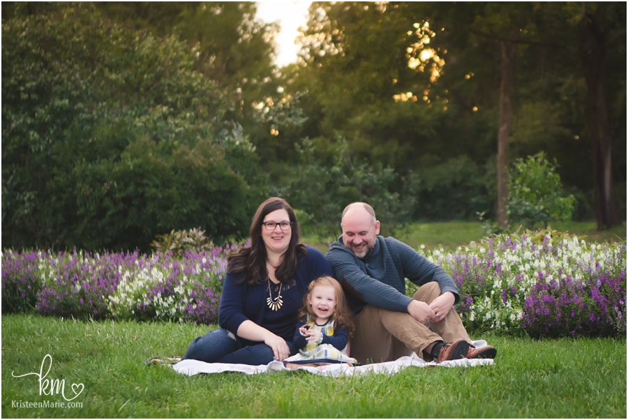 family photography in holcomb gardens