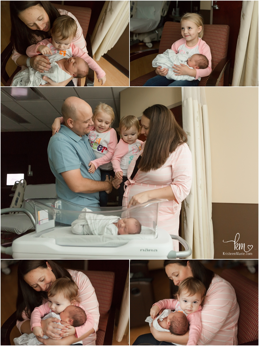 The whole family with their newborn baby - Indianapolis Fresh 48 session