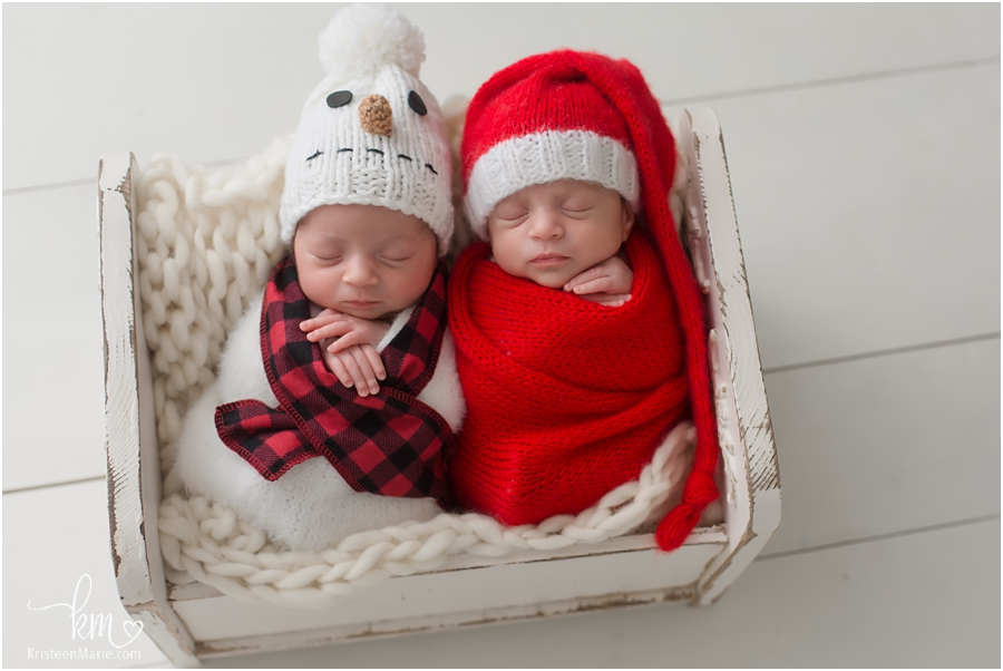 Christmas twin newborn picture - Santa and Snowman
