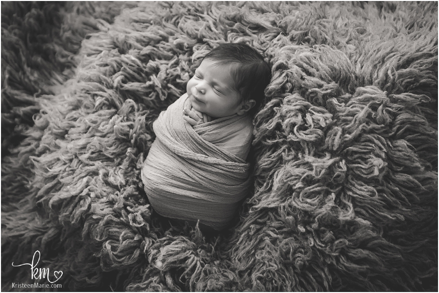 Zionsville newborn photogrpaher - black and white newborn image