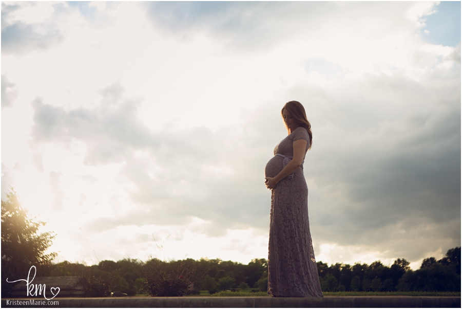 a storm is coming - maternity photography