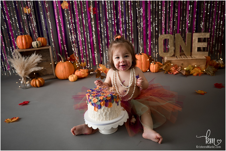 happy birthday girl - pumpkin themed cake smash session