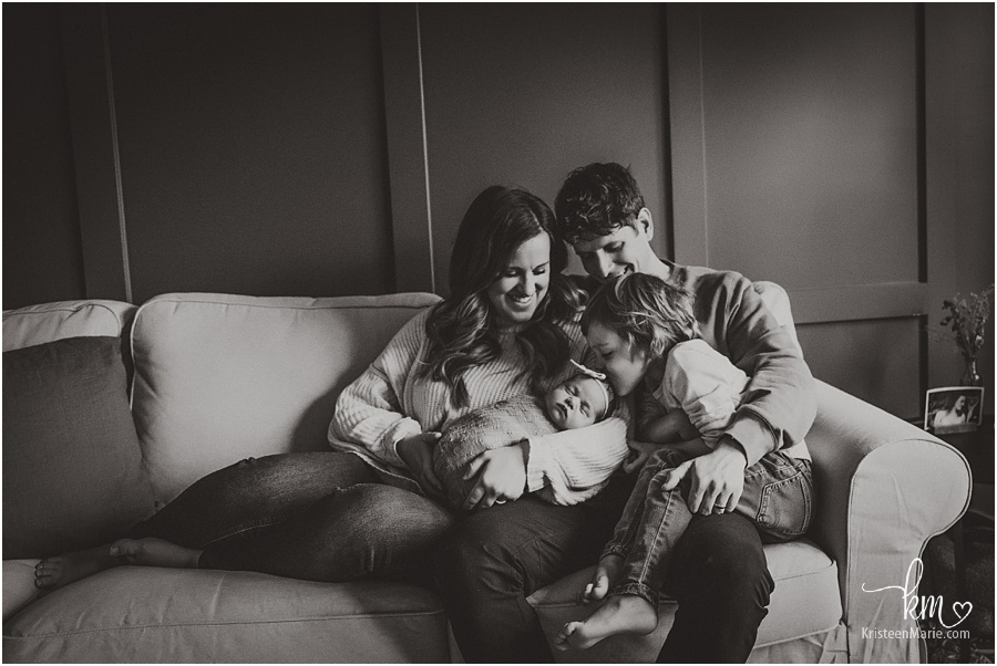 black and white Indianapolis newborn photography