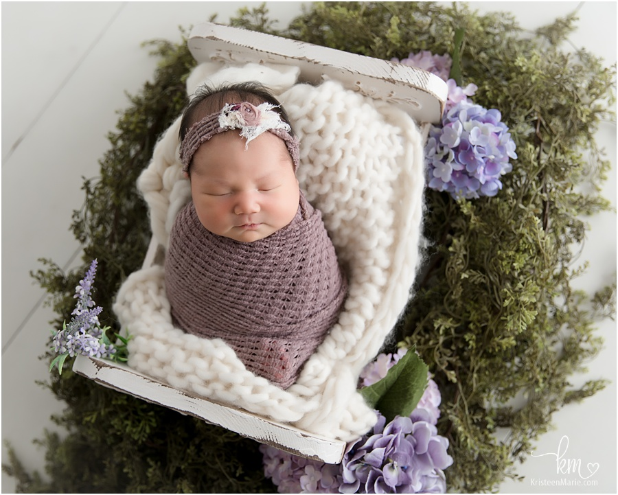 Newborn photography with flowers